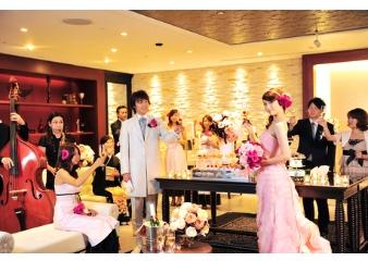 結婚式場は米沢市からアクセスしやすい「ホテルキャッスル」へ~ホテルの見学から費用のご相談はお気軽に~