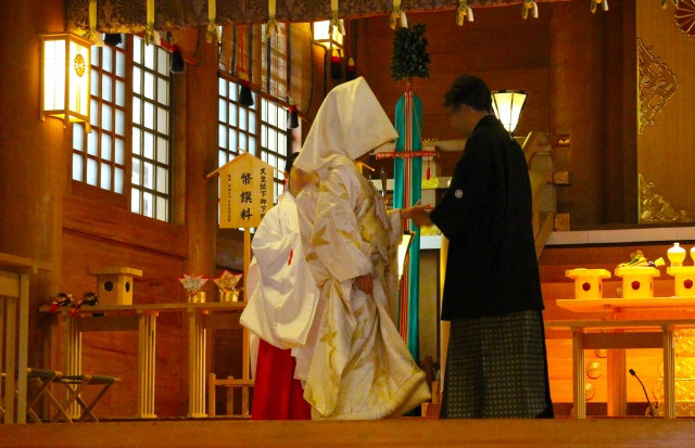 日本固有の結婚式スタイル神前式の特徴とは?